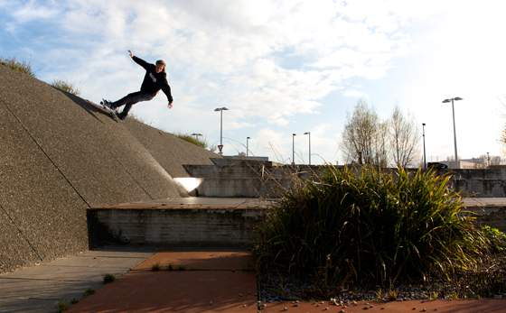 Thomas-Rapiteau-Skateboard-Shaka